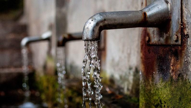 Dlaczego warto uzdatniać wodę w domu?
